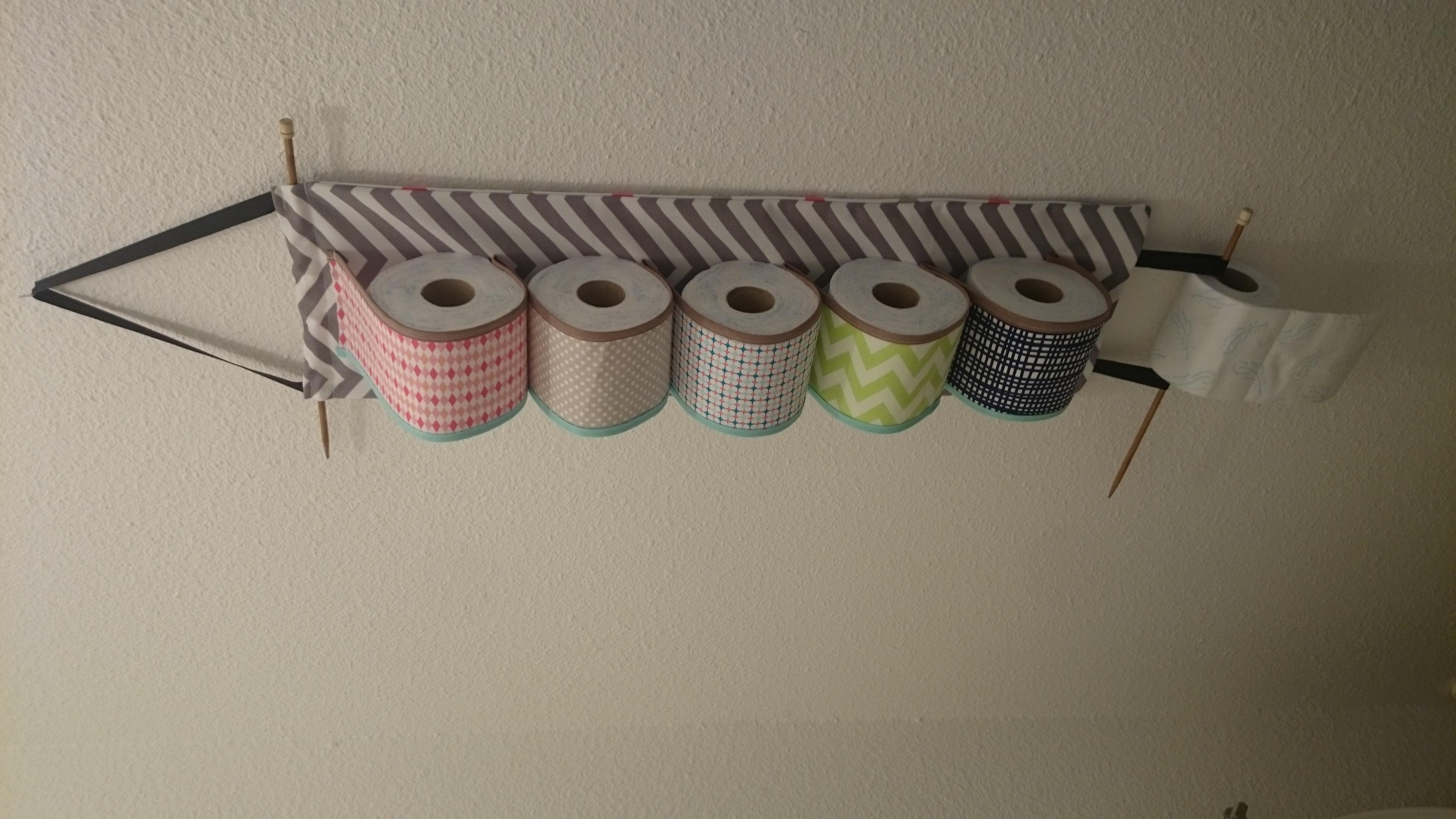 D rouleur de papier toilette original pop couture - Papier peint toilette original ...