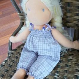 Combinette pour poupée