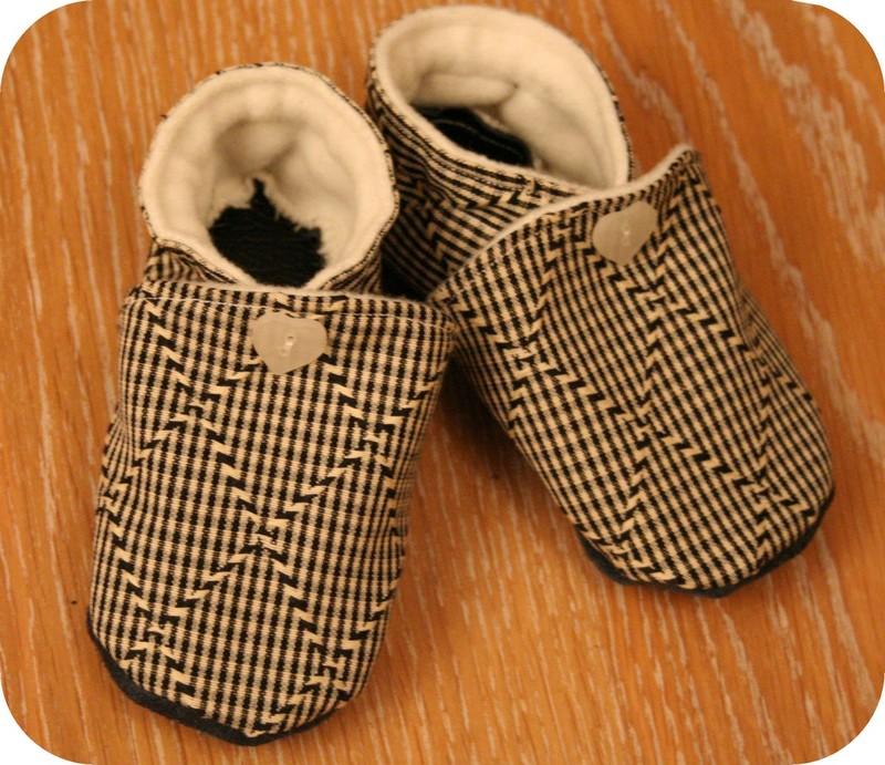 chaussons souples pop couture. Black Bedroom Furniture Sets. Home Design Ideas