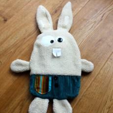 Lapin range-pyjama ou bouillotte