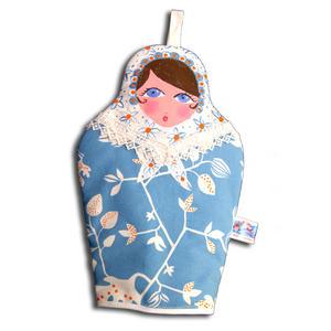 Gant de four poupée russe
