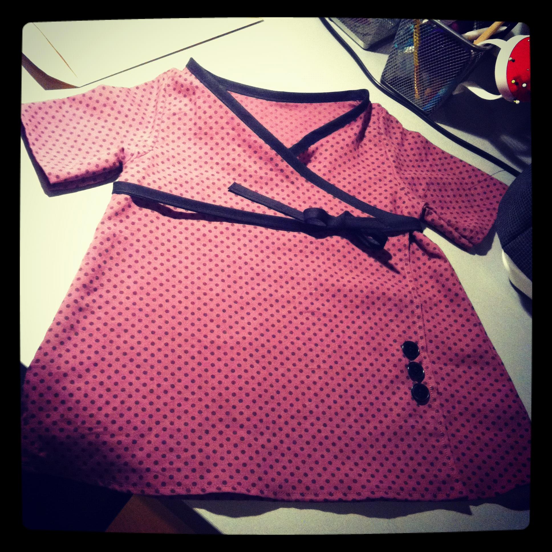 Robe portefeuille 18 mois pop couture - Bureau bebe 18 mois ...