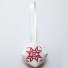 Boule Noël brodée
