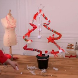 Sapin et guirlande de Noël