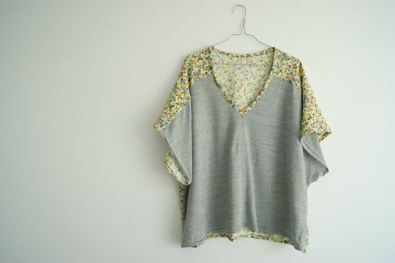 Favori La blouse kimono bicolore - Pop Couture DS51