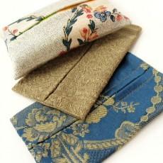Pochette pour mouchoirs