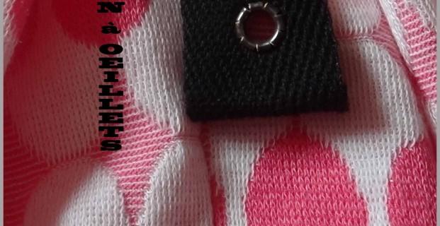 Fermeture à lacet façon corset