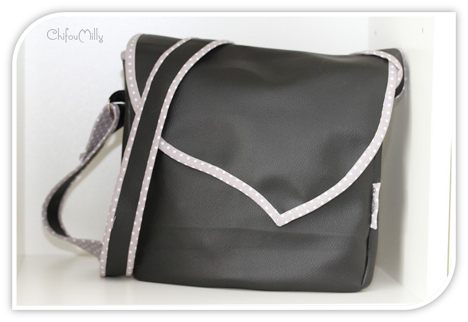 Le sac mimi pop couture - Tuto sac besace bandouliere ...