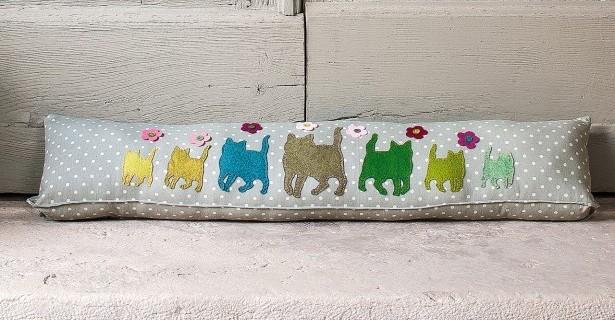 Boudin de porte chats