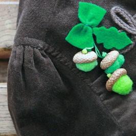 Broche-Pompons et Feutrine