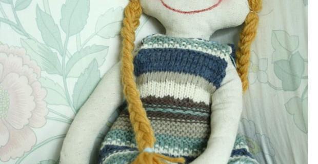 Poupée tissu et laine