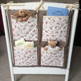 Organiseur lit bébé