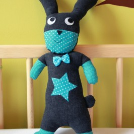 Doudou super héros – le lapin, dandy rabbit