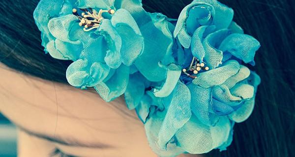 Serre-tête «Fleurs bleues» en tissu