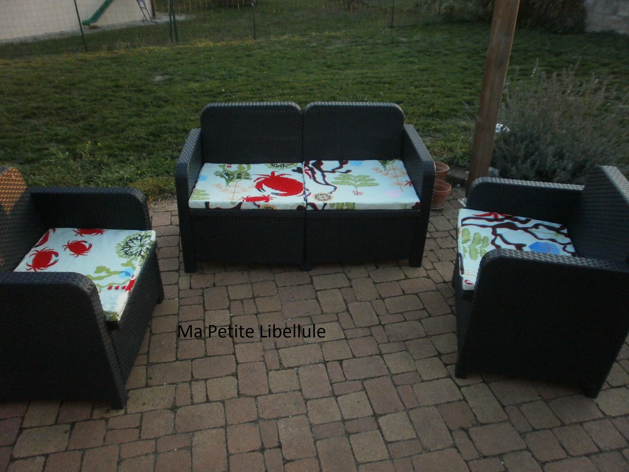 housse pour salon de jardin pop couture. Black Bedroom Furniture Sets. Home Design Ideas