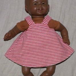 Petite robe d'été pour poupée