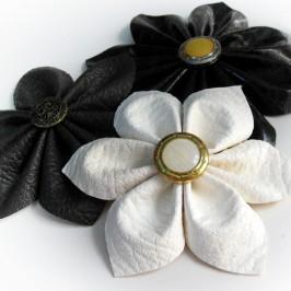 Fleur en simili cuir