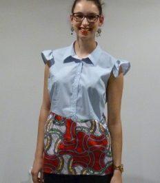 Customiser une chemise basique en un top pour l'été