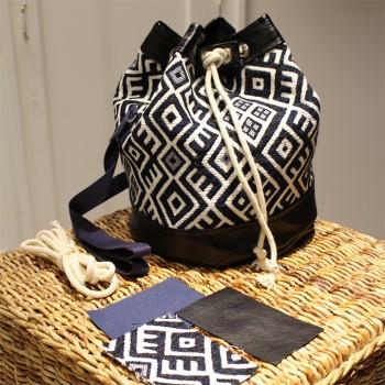 sac bourse pop couture. Black Bedroom Furniture Sets. Home Design Ideas