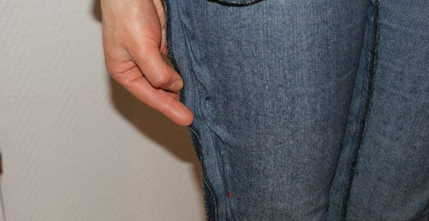 Reprendre un pantalon trop large
