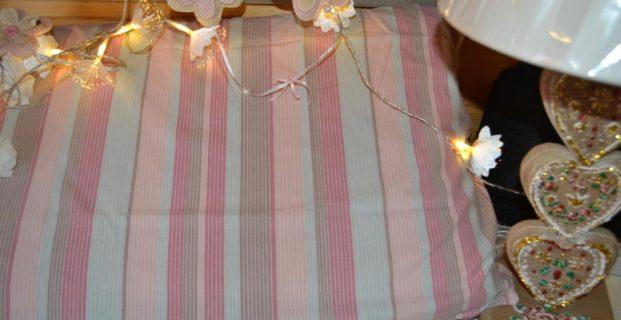 housse d 39 oreiller pour nuits zen pop couture. Black Bedroom Furniture Sets. Home Design Ideas