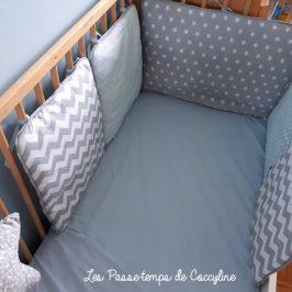 Tour de lit Scandinave avec passepoil