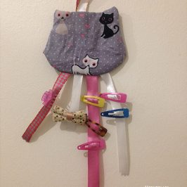 Porte-barrettes chat