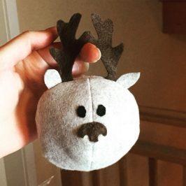 Coudre une boule de Noël