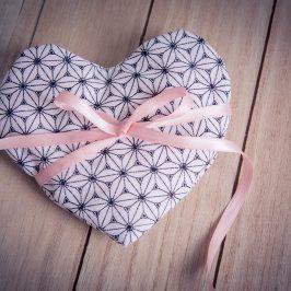 La petite bouillotte cœur spéciale Saint Valentin