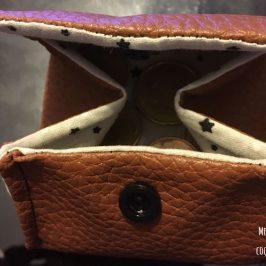 Petit porte-monnaie en simili cuir