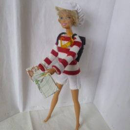 Tenue de baroudeuse pour poupée Barbie
