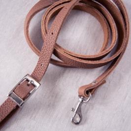 Créer une lanière réglable et amovible pour vos sacs et pochettes