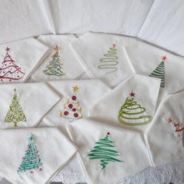 Serviettes brodées Noël