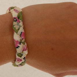 Bracelet tressé en tissu