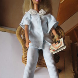 Pyjama Barbie