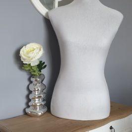 Coudre une housse pour mannequin de couture