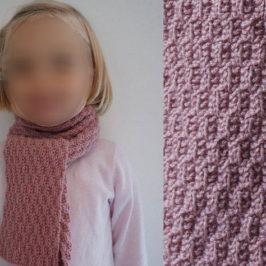Tricot écharpe fillette