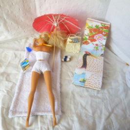Tenues et accessoires de plage Barbie